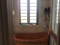 隆城香堤 精装修 三室南北通透 实小学区名额未用 送家具家电