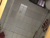 售供电小区三楼简单装修120平,送储藏室,75万