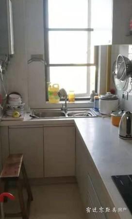中介勿扰!出售玲珑湾花园3室2厅2卫136平米92万住宅