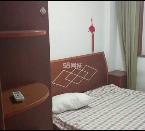出租玲珑湾花园2室1厅1卫77平米1200元/月住宅