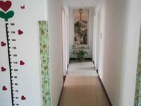 售阅湖花园多层五楼113平,送储藏室,98万