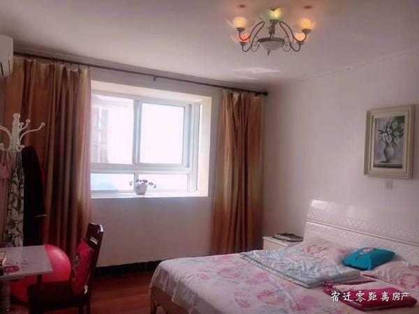 出售文昌花园3室2厅1卫119平米90万住宅