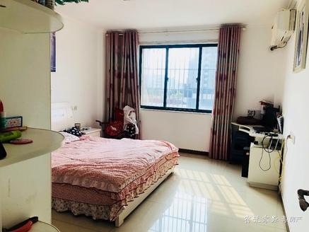 出售锦华御园3室2厅1卫139.45平米127.8万住宅