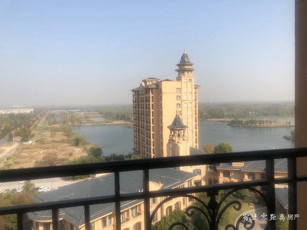 出售宏泰 尚阳城3室2厅2卫142平米106万住宅