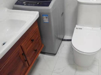 租丽景湾华庭单身公寓精装54平,全新家电家具,每月1400元