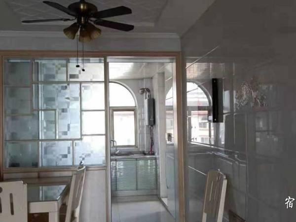 出售郡王府2室2厅1卫99平米92万住宅