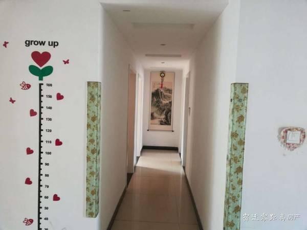 格林上郡旁阅湖花园,5楼三室精装,送储藏室,113平方,98万