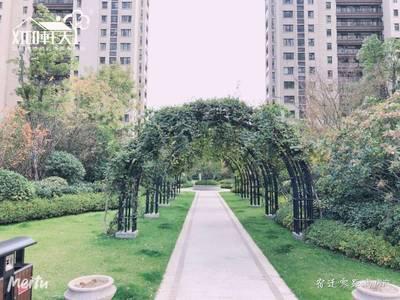 出售世纪明珠3室2厅1卫127平米72万住宅南京江北新区地铁大三房