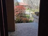 出售翡翠蓝湾5室2厅3卫带墅超大花园